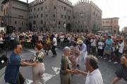 22-ballo-piazza-Re-Enzo